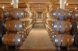 conservation du grand vin en fût de chêne